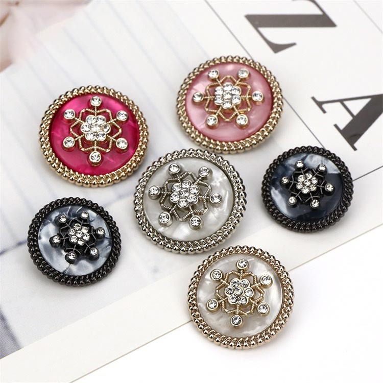 Pearl Gold Crystal Ribbon Metal Alloy Round Rhinestone Buttons